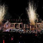 『インフルエンサー』では派手な特効で演出(「乃木坂46 真夏の全国ツアー2018 ~6th YEAR BIRTHDAY LIVE~」DAY2)