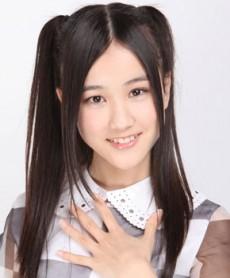 乃木坂46とSKE48がお互いの握手会で影アナにサプライズ出演