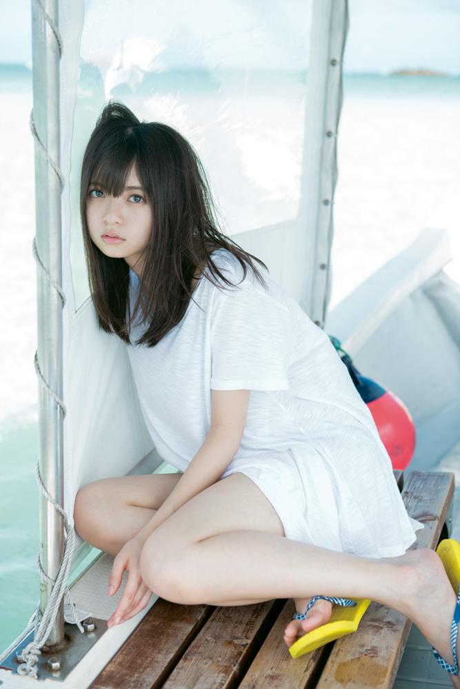 乃木坂46齋藤飛鳥、北海道と沖縄で撮影したソロ写真集『潮騒』が来年1月発売決定