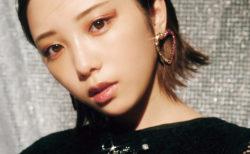 与田祐希(「bis」2020年11月号/「煌めく♡ 魅惑のアクセサリー」企画)