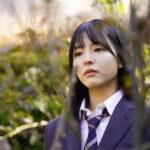 高校パートに登場する早川聖来(ひかりTVオリジナルドラマ「ボーダレス」場面写真第2弾)