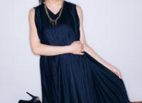 「CM NOW」Vol.190 特別付録ポスターA面(モデル:秋元真夏/発行:株式会社玄光社)