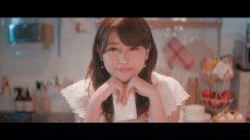 欅坂46・青空とMARRY『割れたスマホ』MVの守屋茜