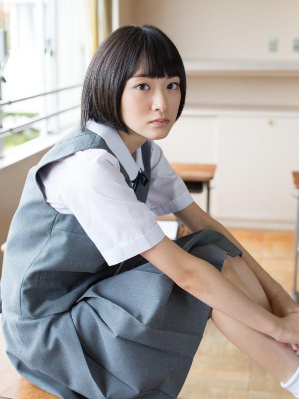乃木坂46生駒里奈1st写真集『君の足跡』が2月24日発売決定