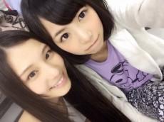 乃木坂46の相楽伊織(左)と北野日奈子(右)
