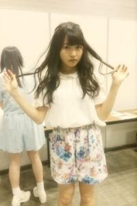 4月20日神奈川個別握手会、伊藤万理華の私服