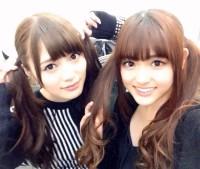 白石麻衣(左)、松村沙友理(右)
