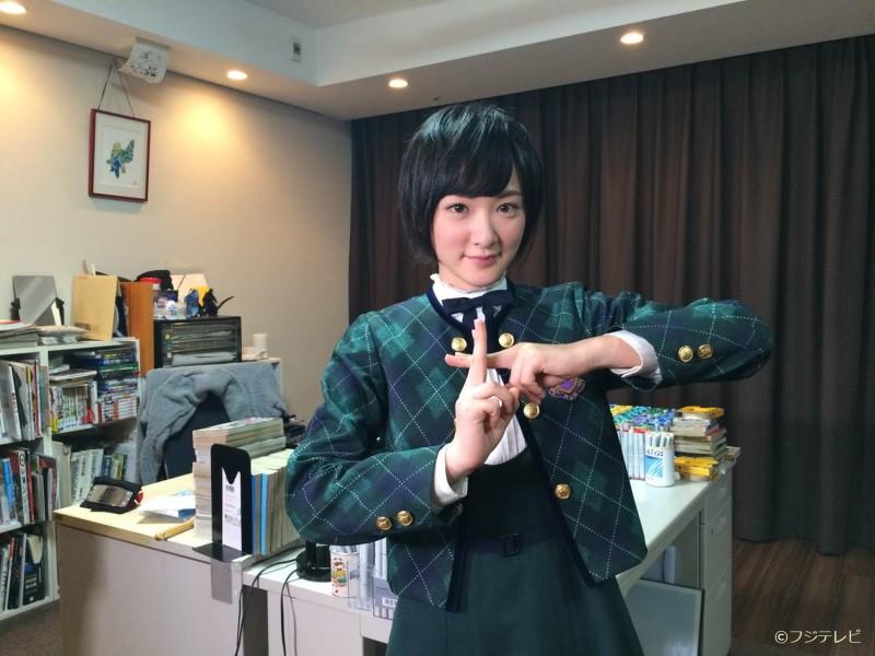 乃木坂46生駒里奈がNARUTOの作者・岸本斉史を取材