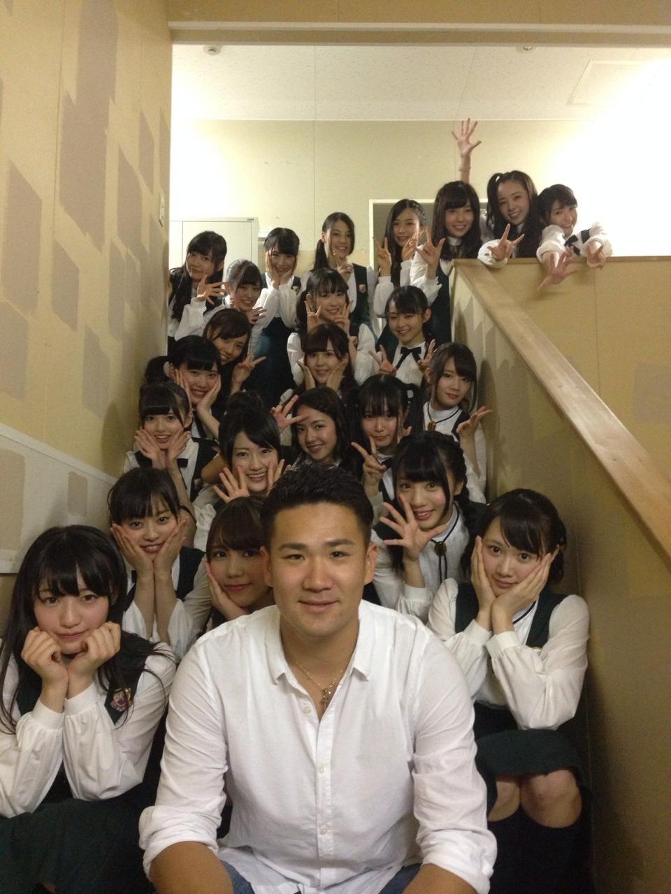 秋元真夏、橋本奈々未がNHKラジオ「月刊☆ロック判定」10月号に出演