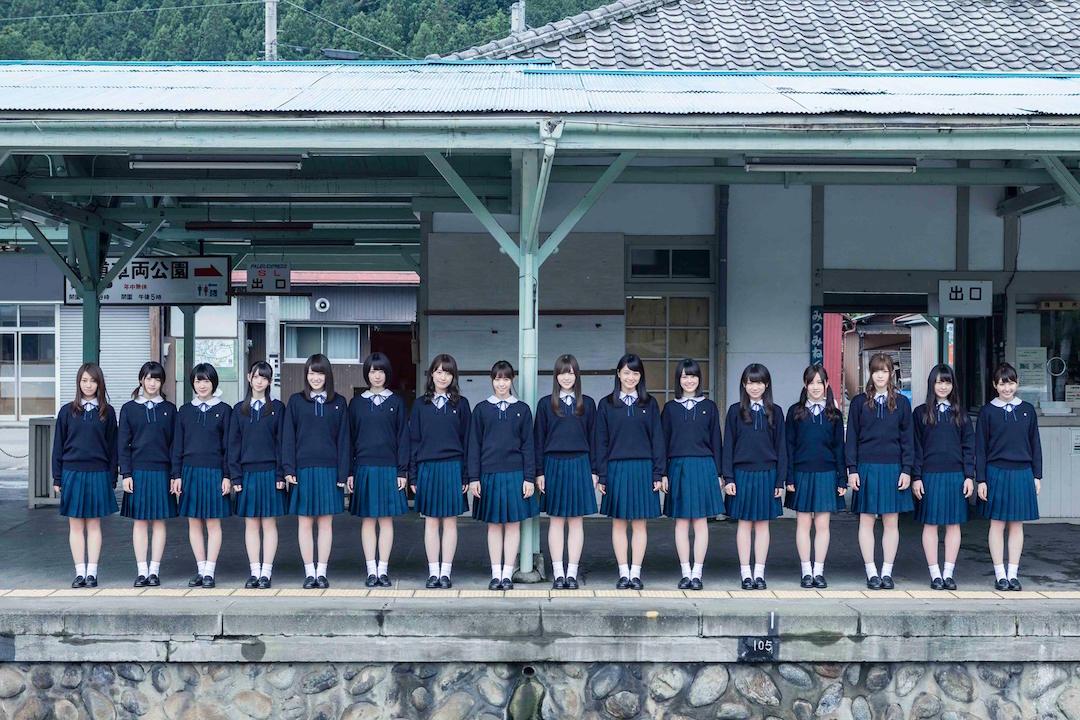 乃木坂46・13thシングル「今、話したい誰かがいる」アーティスト写真