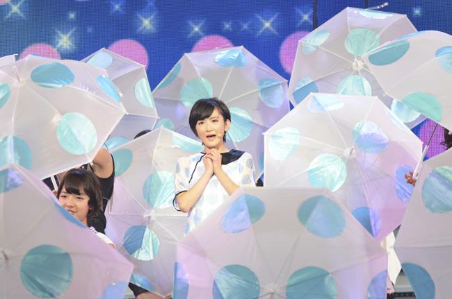 「水玉模様」を歌う生駒里奈