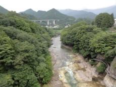乃木坂散歩道・第148回「聖地巡礼:ホップ、ステップからのバンジー!」