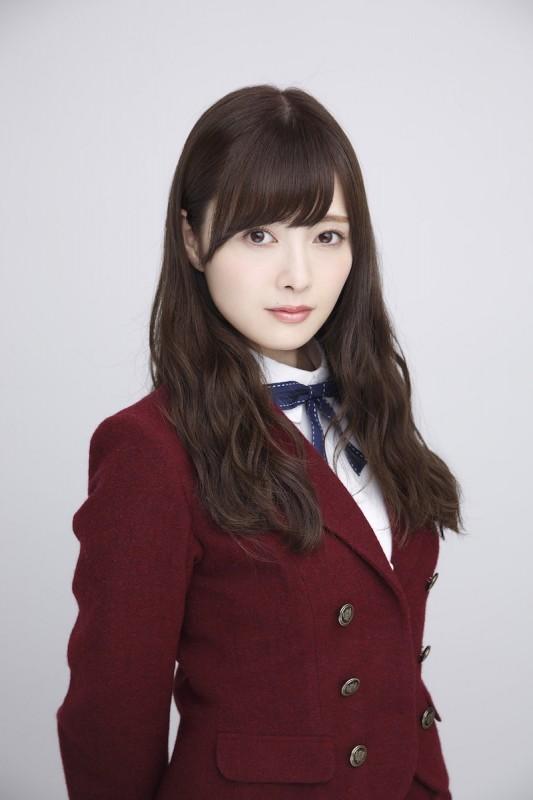 乃木坂46白石麻衣、女子大生が選んだ「なりたい顔のアイドル」で堂々1位