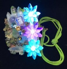 光と石達のキラキラネックレス | ハンドメイドマーケット minne