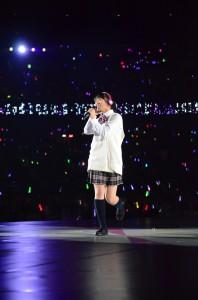 「まりっか'17」を歌う乃木坂46の伊藤万理華