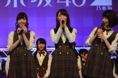 (左から)西野七瀬、松井玲奈、橋本奈々未