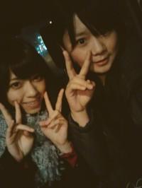 乃木坂46西野七瀬(左)、NMB48高山梨子(右)