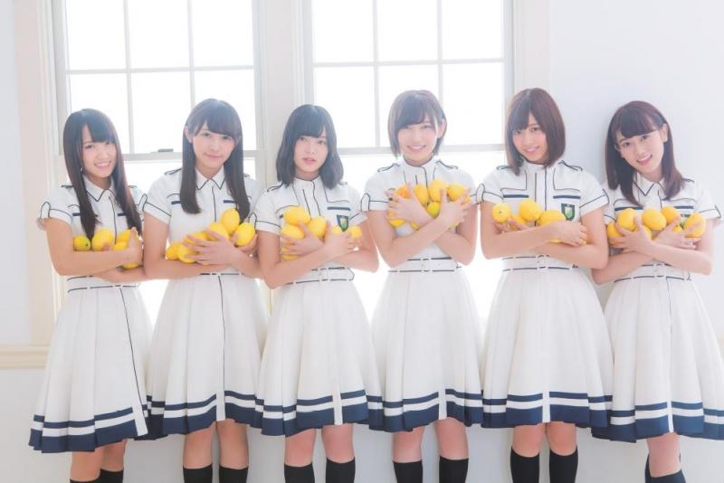 冠番組1周年の欅坂46が「週刊ザテレビジョン」で3号連続スペシャルグラビア、番組の裏話も披露