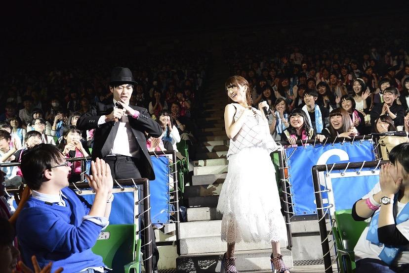 乃木坂46橋本奈々未が「SOL!」×進研ゼミ卒業ライブ「Whistle Song」にサプライズ登場