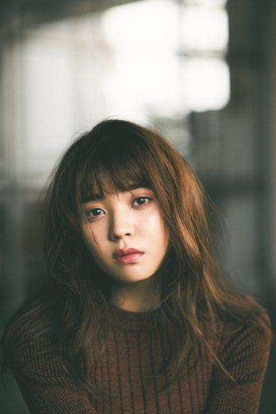 欅坂46・小林由依が「with」専属モデルに就任